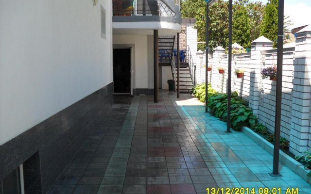 Kiparis Guest House 2