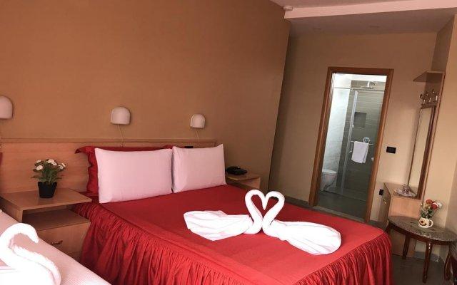 Hotel Nais 2