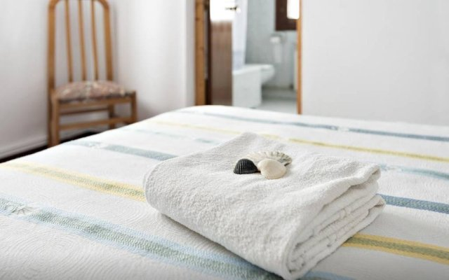 Отель Surf Camp Wolf House комната для гостей