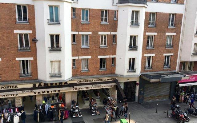 Отель Hôtel du Centre вид на фасад