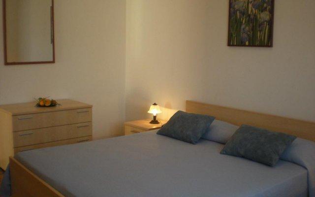 Апартаменты Nino's Apartments Джардини Наксос комната для гостей