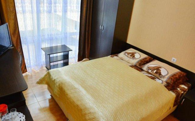 Гостиница Гостевой дом Эльмира в Сочи отзывы, цены и фото номеров - забронировать гостиницу Гостевой дом Эльмира онлайн комната для гостей