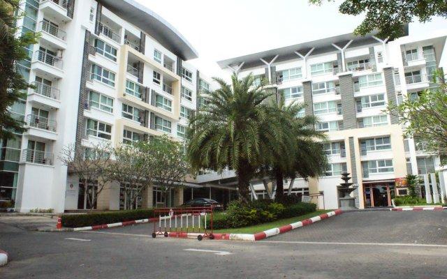 Отель The Royal Place Condominium Пхукет парковка