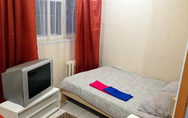 Мини-Отель Друзья комната для гостей