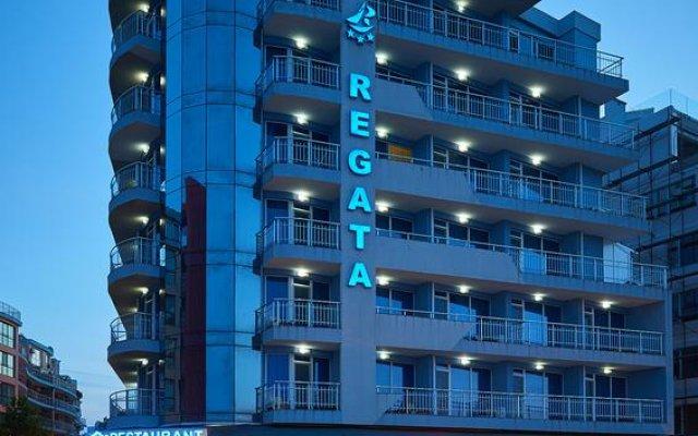 Отель Family Hotel Regata Болгария, Поморие - отзывы, цены и фото номеров - забронировать отель Family Hotel Regata онлайн вид на фасад