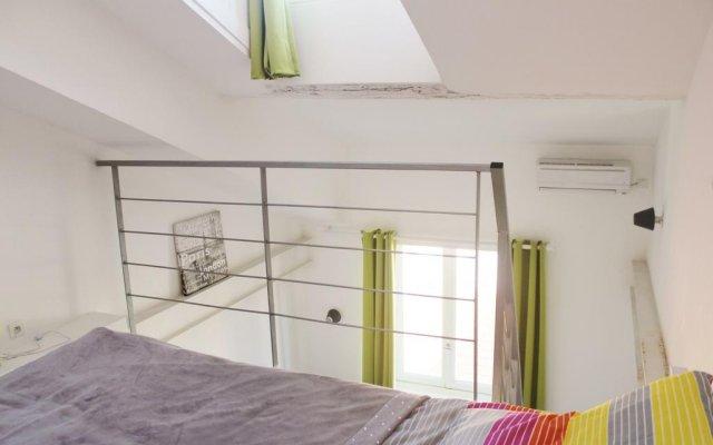 Отель Confiance Immobiliere - Le Garibaldi Loft комната для гостей