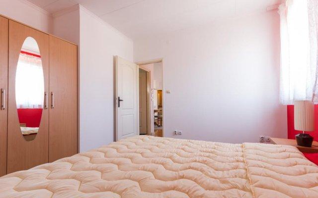 Отель Cherry Pick Apartments Сербия, Белград - отзывы, цены и фото номеров - забронировать отель Cherry Pick Apartments онлайн комната для гостей