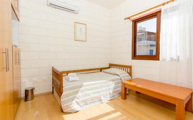 Отель Gold Sand Villa Кипр, Протарас - отзывы, цены и фото номеров - забронировать отель Gold Sand Villa онлайн комната для гостей