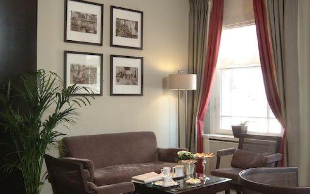 Hotel Aazaert 1