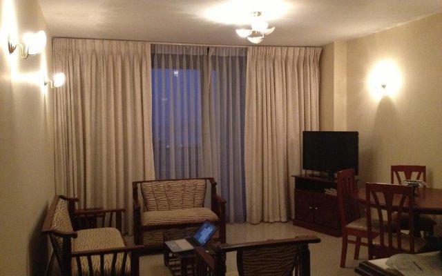 Отель Crescat Residencies Apartments Шри-Ланка, Коломбо - отзывы, цены и фото номеров - забронировать отель Crescat Residencies Apartments онлайн комната для гостей