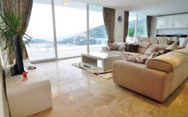 Отель Mediterranean Prestige Range Villas комната для гостей
