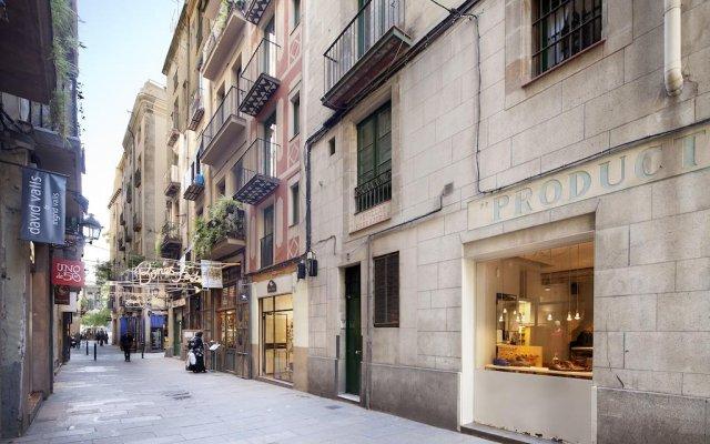 Апартаменты Inside Barcelona Apartments Vidreria вид на фасад