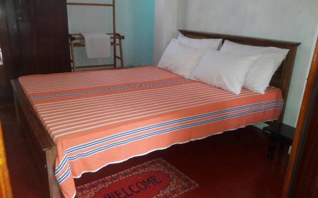 Отель Linda Cottage комната для гостей