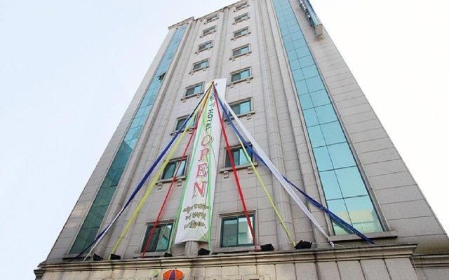 Отель Tomgi Hotel Jongno Южная Корея, Сеул - отзывы, цены и фото номеров - забронировать отель Tomgi Hotel Jongno онлайн вид на фасад