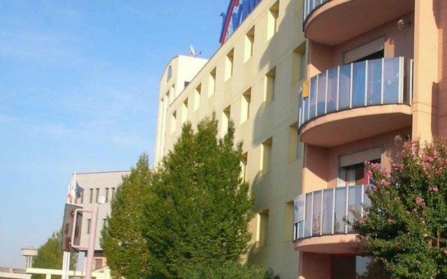 Отель Bed and Breakfast Kandinsky вид на фасад