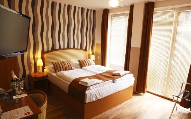 Отель Six Inn Будапешт спа