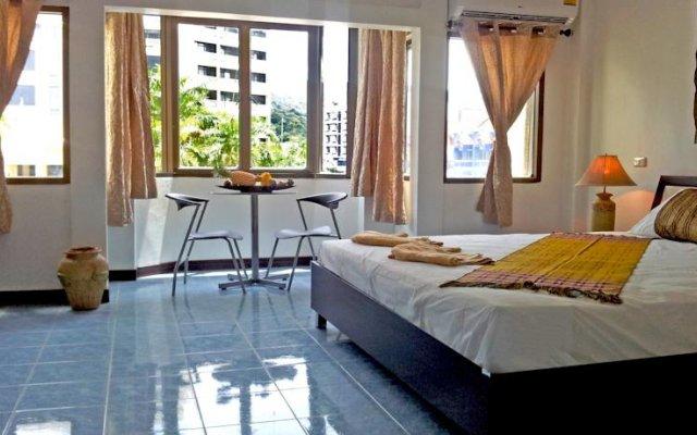 Отель Beshert Guesthouse комната для гостей