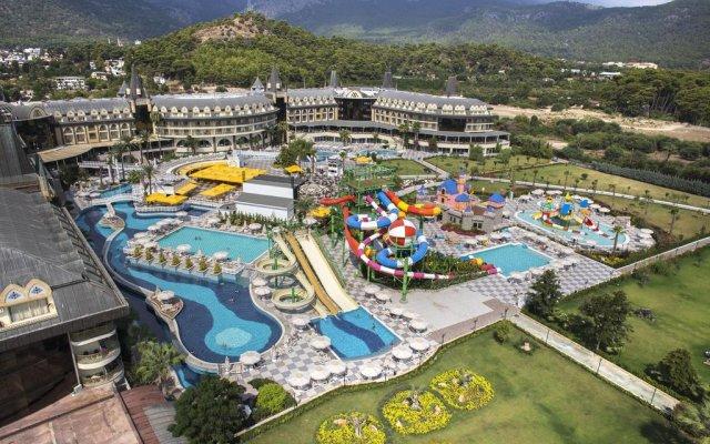 Отель Amara Prestige - All Inclusive бассейн