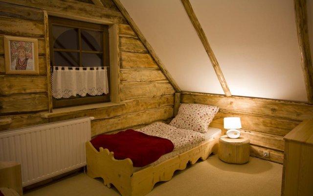 Отель Mountain Shelter Закопане комната для гостей