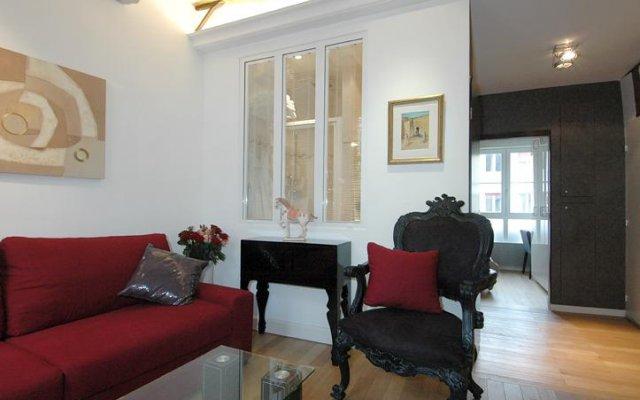 Отель HolidaysInParis-Bourg Tibourg II комната для гостей
