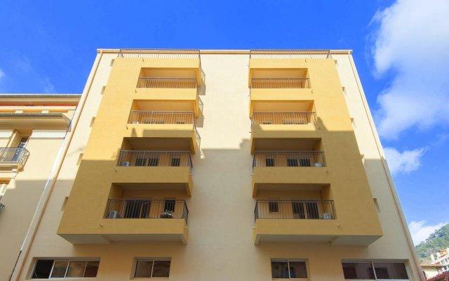 Апартаменты Villa Serafina Apartments вид на фасад
