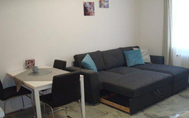Отель Gurko Apartment Болгария, София - отзывы, цены и фото номеров - забронировать отель Gurko Apartment онлайн комната для гостей