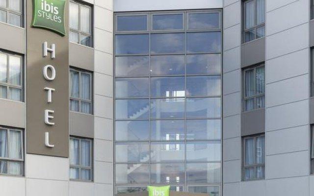Отель Ibis Styles Haydock вид на фасад
