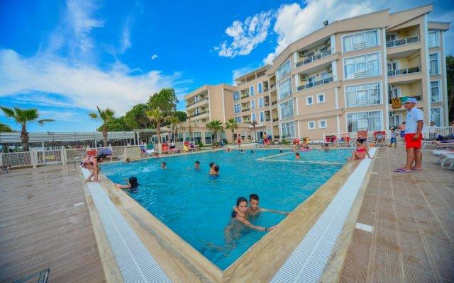 Klajdi Resort 0
