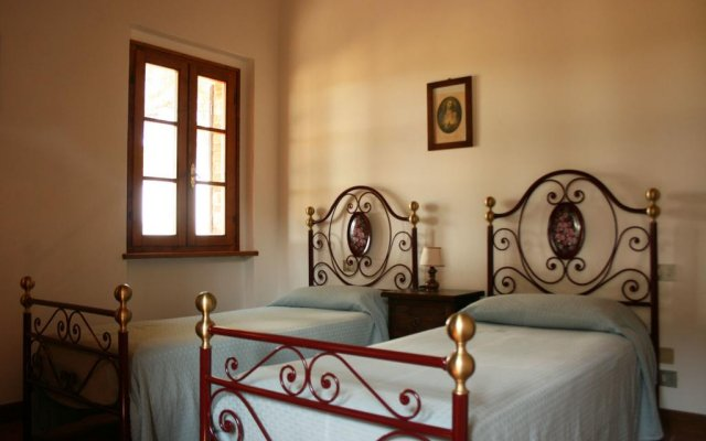 Отель Fattoria il Musarone Синалунга комната для гостей