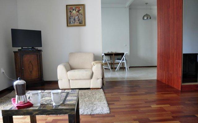 Отель Apartament Chopin Польша, Варшава - отзывы, цены и фото номеров - забронировать отель Apartament Chopin онлайн комната для гостей