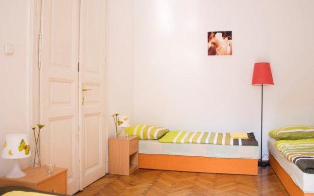 Butterfly Hostel & Guesthouse комната для гостей