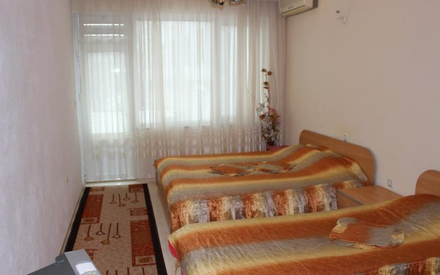 Отель Orchideia Studios Сандански комната для гостей