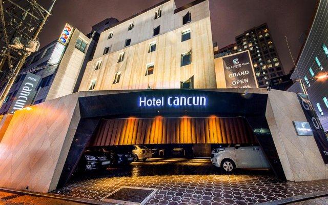 Seocho Cancun Hotel развлечения