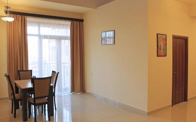 Отель Alley Residence Yerevan Apartments (New Building) Армения, Ереван - отзывы, цены и фото номеров - забронировать отель Alley Residence Yerevan Apartments (New Building) онлайн комната для гостей