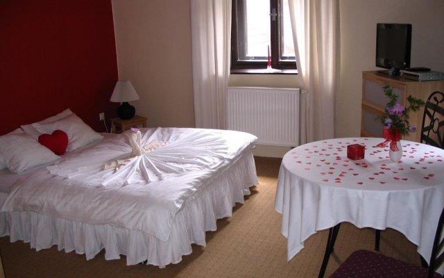 Hotel Oldrichuv Dub комната для гостей