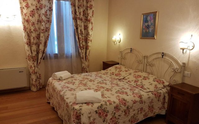 Affittacamere Il Casolare Guest House