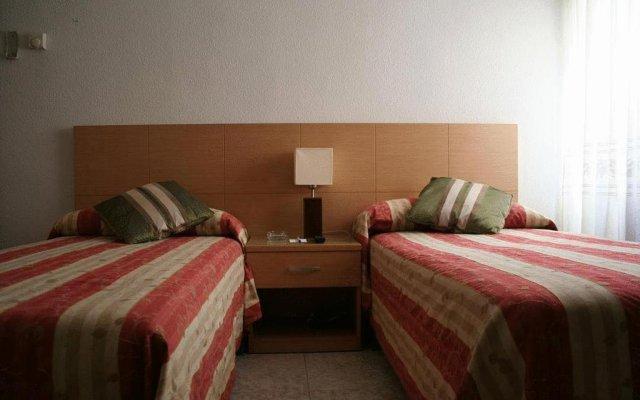 Отель Cuatro Caminos комната для гостей