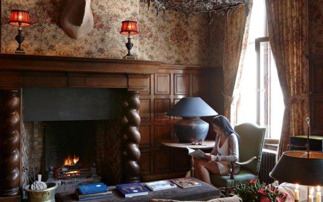 Romantik Hotel de Orangerie 0