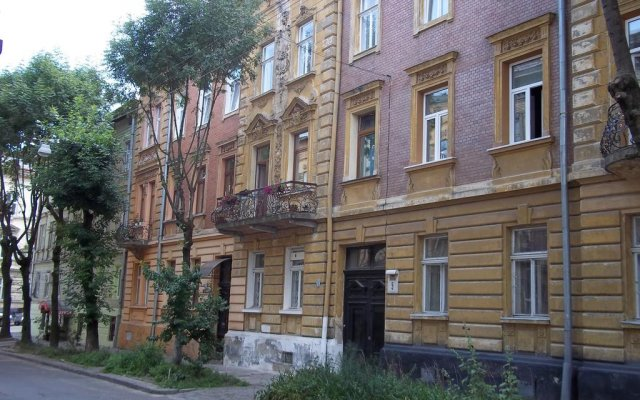 Апартаменты Near Citadel Apartment вид на фасад