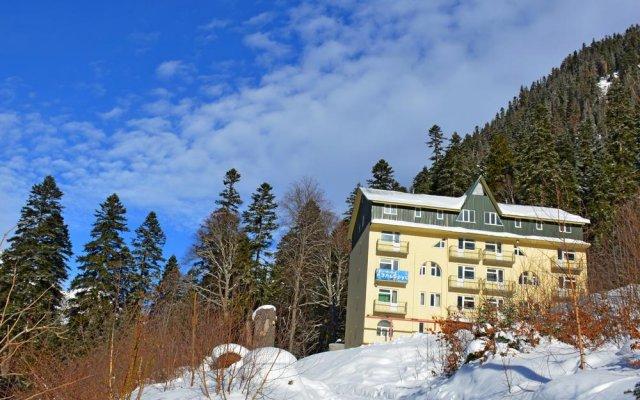 Hotel Elbrus вид на фасад