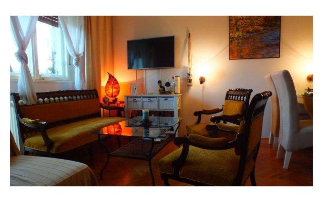 Отель B&b Girasole Нови Сад комната для гостей