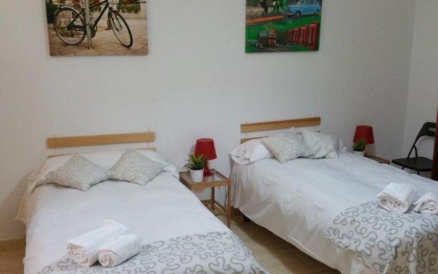 Отель Village Tours II Madrid комната для гостей