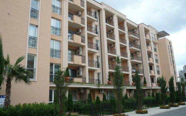 Отель Studio Evgeniya Болгария, Солнечный берег - отзывы, цены и фото номеров - забронировать отель Studio Evgeniya онлайн вид на фасад