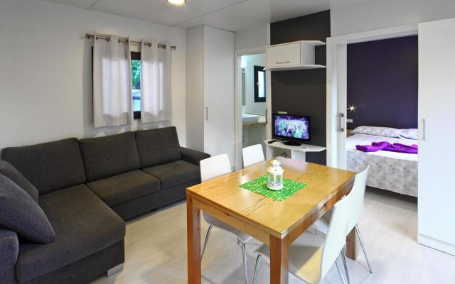 Отель Camping Globo Rojo комната для гостей