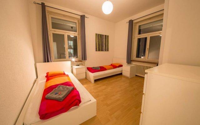 Отель HITrental Seefeld - Kreuzstrasse Apartments Швейцария, Цюрих - отзывы, цены и фото номеров - забронировать отель HITrental Seefeld - Kreuzstrasse Apartments онлайн комната для гостей