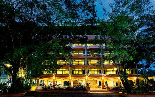 Отель ID Residences Phuket вид на фасад