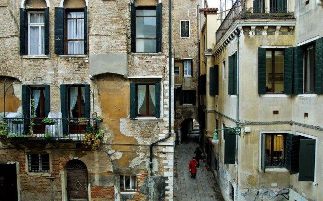 Отель La Fenice Италия, Венеция - отзывы, цены и фото номеров - забронировать отель La Fenice онлайн