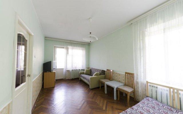 Гостиница Domumetro Aeroport комната для гостей