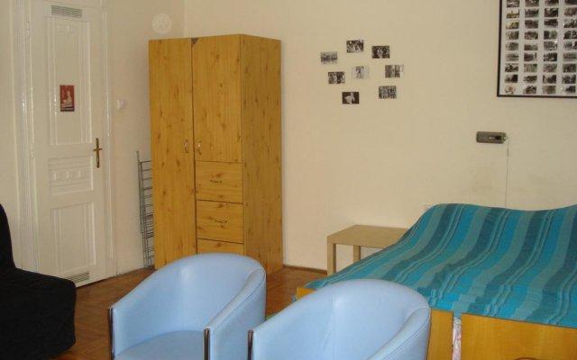 Отель Raday Apartment Венгрия, Будапешт - отзывы, цены и фото номеров - забронировать отель Raday Apartment онлайн комната для гостей