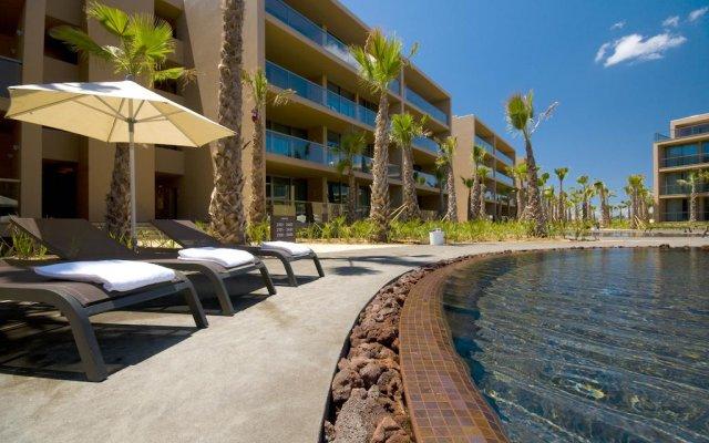 Апартаменты Salgados Palm Village Apartments & Suites - All Inclusive бассейн